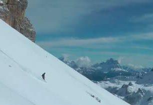 Hledání žlabů v Dolomitech - motivační video